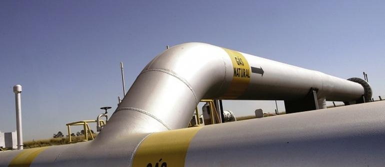 Petrobrás reduz importação de gás e descumpre contrato com estatal boliviana