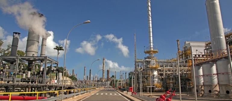 Petrobras negocia venda da Refinaria Landulpho Alves por preço abaixo do mercado